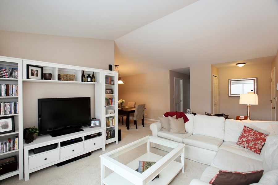 Real Estate Photography - 2247 Petworth Ct, 202D, Naperville, IL, 60565 - Living Room / Dining Room