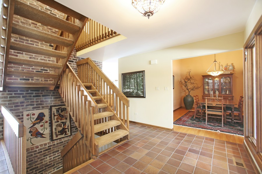 Real Estate Photography - 1433 Grant St, Downers Grove, IL, 60515 - Foyer