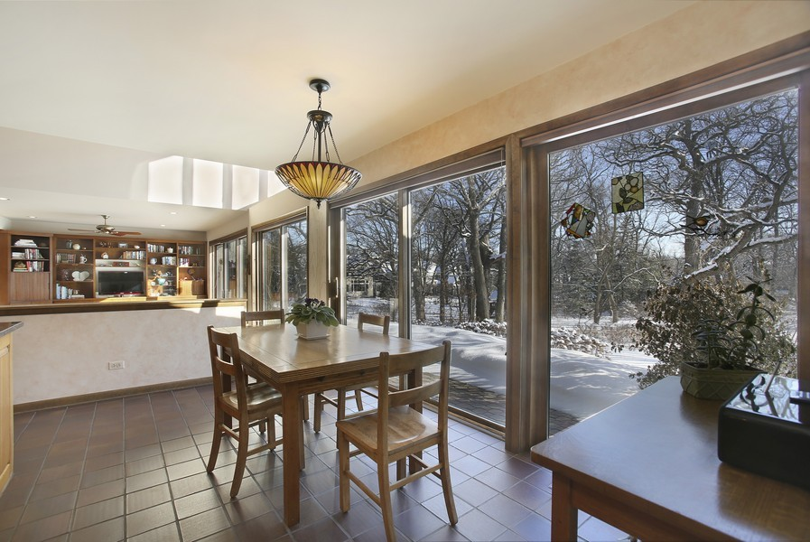 Real Estate Photography - 1433 Grant St, Downers Grove, IL, 60515 - Breakfast Area