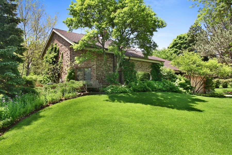 Real Estate Photography - 1433 Grant St, Downers Grove, IL, 60515 - Front View