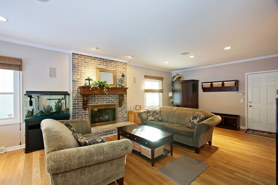 Real Estate Photography - 820 Morningside Dr, Naperville, IL, 60563 - Family Room