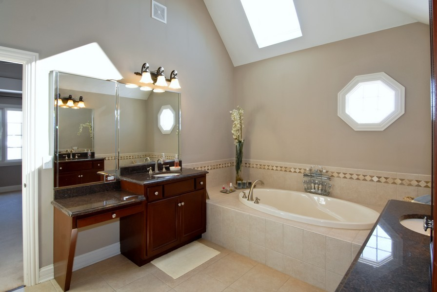 Real Estate Photography - 4164 Callery Rd, Naperville, IL, 60564 - Master Bth retreat w/separate vanities/huge shower