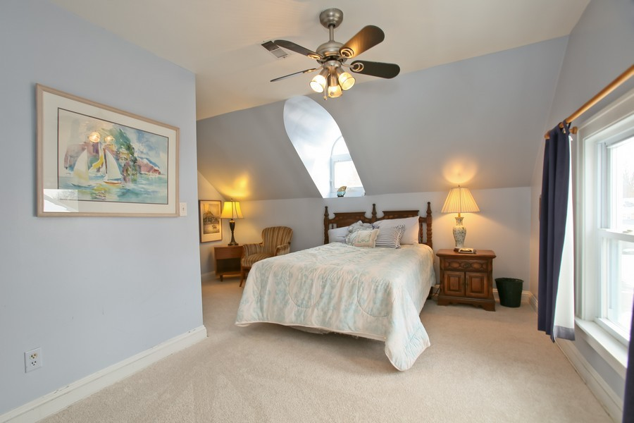 Real Estate Photography - 308 6Th St, Downers Grove, IL, 60515 - 2nd Bedroom
