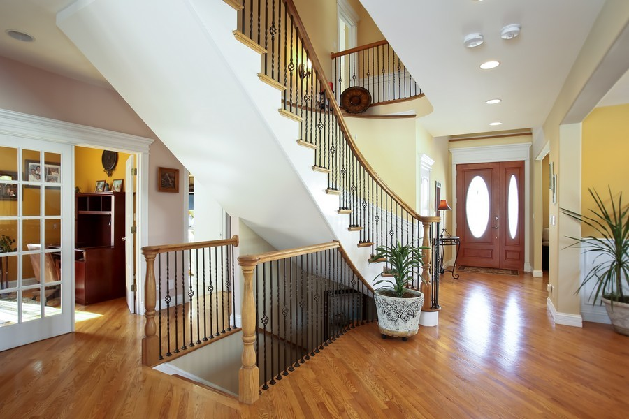 Real Estate Photography - 251 N Park, Westmont, IL, 60559 - Foyer