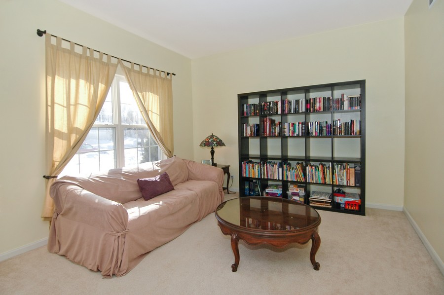 Real Estate Photography - 1133 Autumn Dr, Crystal Lake, IL, 60014 - Living Room