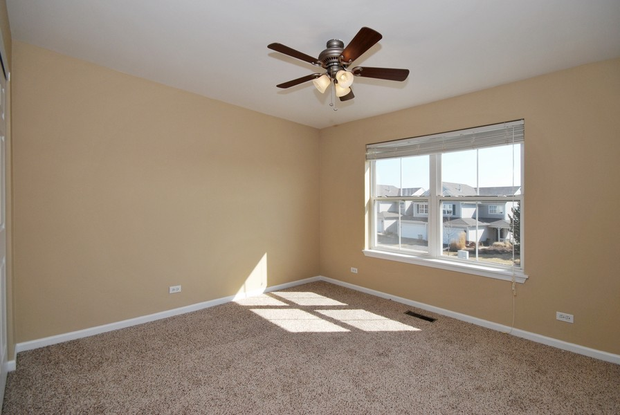 Real Estate Photography - 3030 Langston Cir, 3030, St. Charles, IL, 60175 - 2nd Bedroom