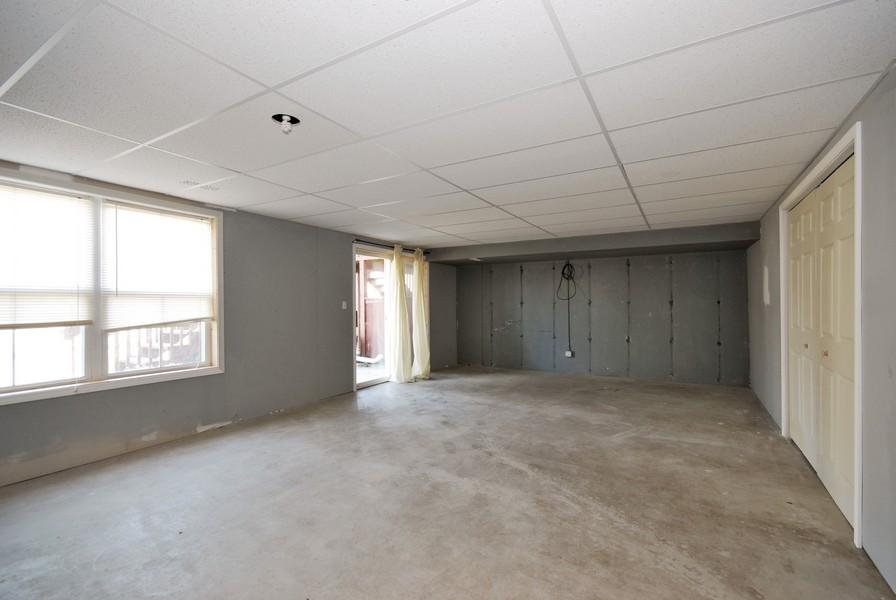 Real Estate Photography - 3030 Langston Cir, 3030, St. Charles, IL, 60175 - Basement