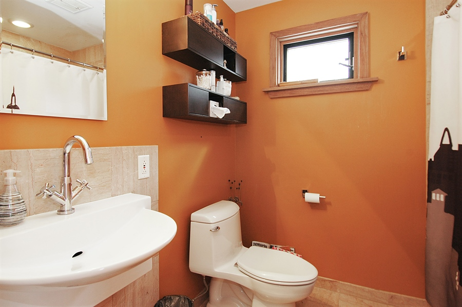 Real Estate Photography - 24 John St, Crystal Lake, IL, 60014 - Bathroom