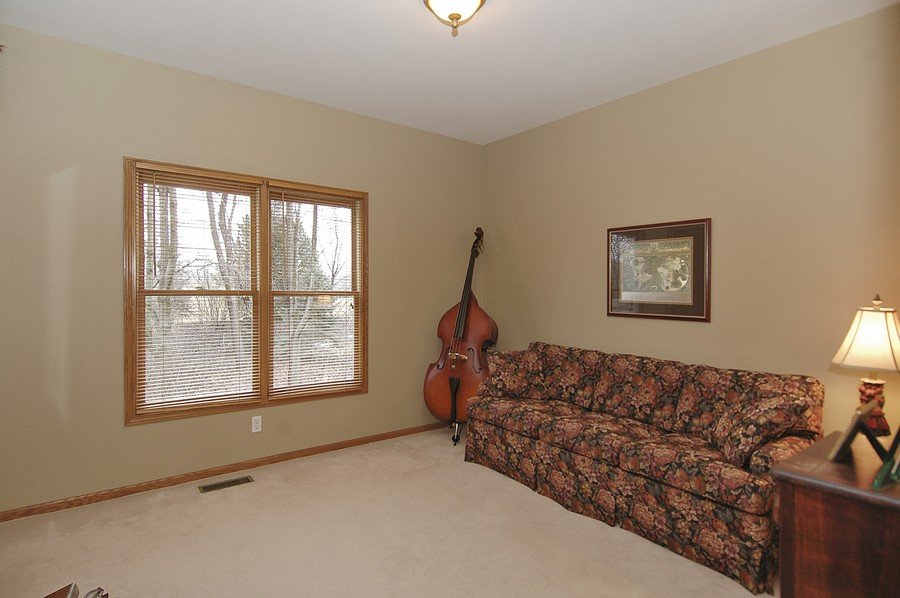 Real Estate Photography - 442 Kelly Ln, Crystal Lake, IL, 60012 - 3rd Bedroom
