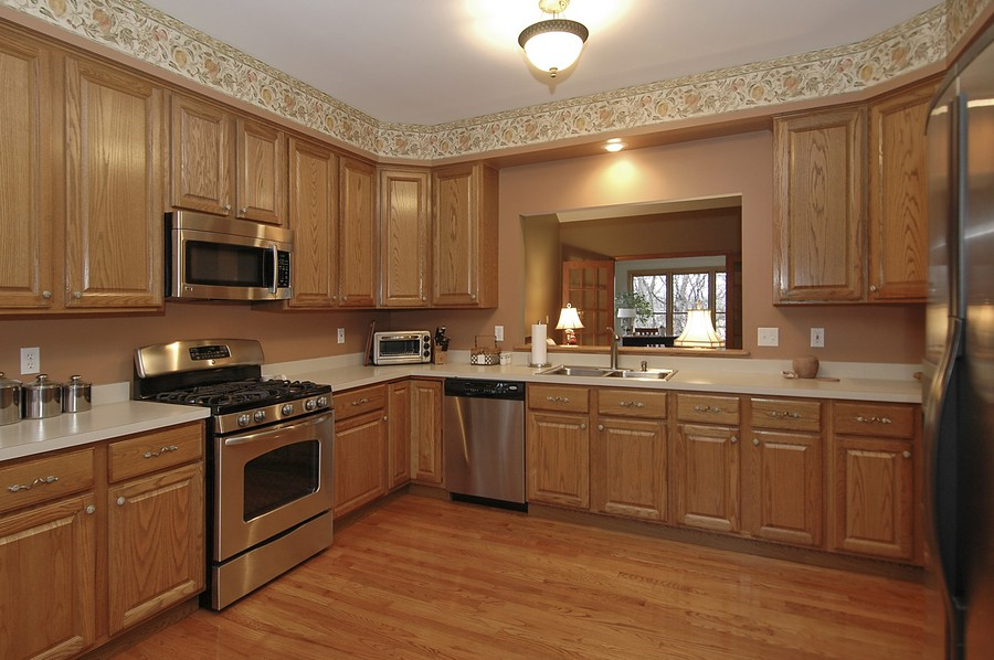 Real Estate Photography - 442 Kelly Ln, Crystal Lake, IL, 60012 - Kitchen