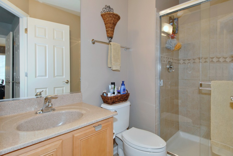 Real Estate Photography - 801 Pheasant Trl, St. Charles, IL, 60174 - Master Bathroom