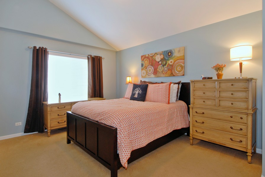 Real Estate Photography - 801 Pheasant Trl, St. Charles, IL, 60174 - Master Bedroom