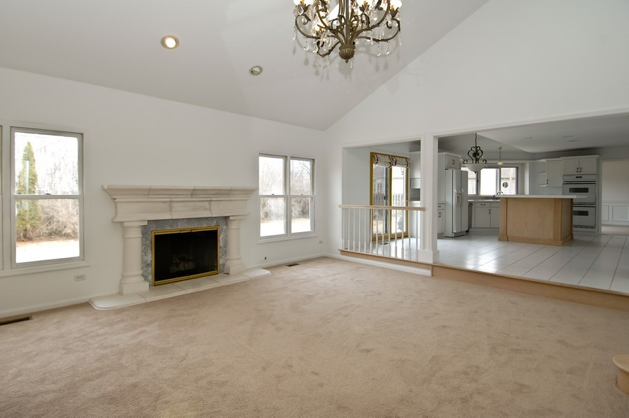 Real Estate Photography - 584 Blackthorn Dr, Crystal Lake, IL, 60014 - Family Room / Kitchen