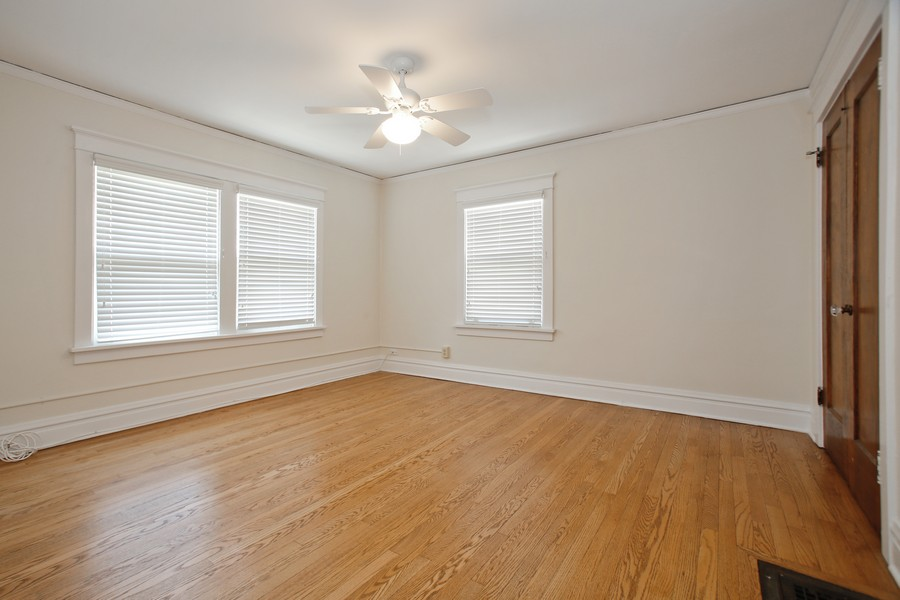 Real Estate Photography - 113 South LaGrange Rd, La Grange, IL, 60525 - 2nd Bedroom