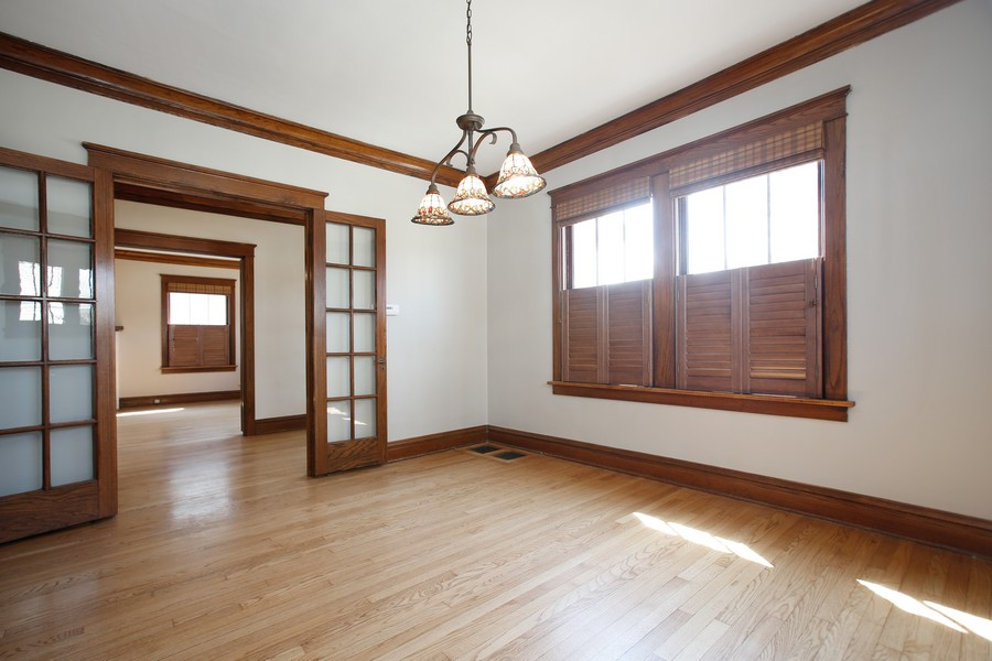 Real Estate Photography - 113 South LaGrange Rd, La Grange, IL, 60525 - Dining Room