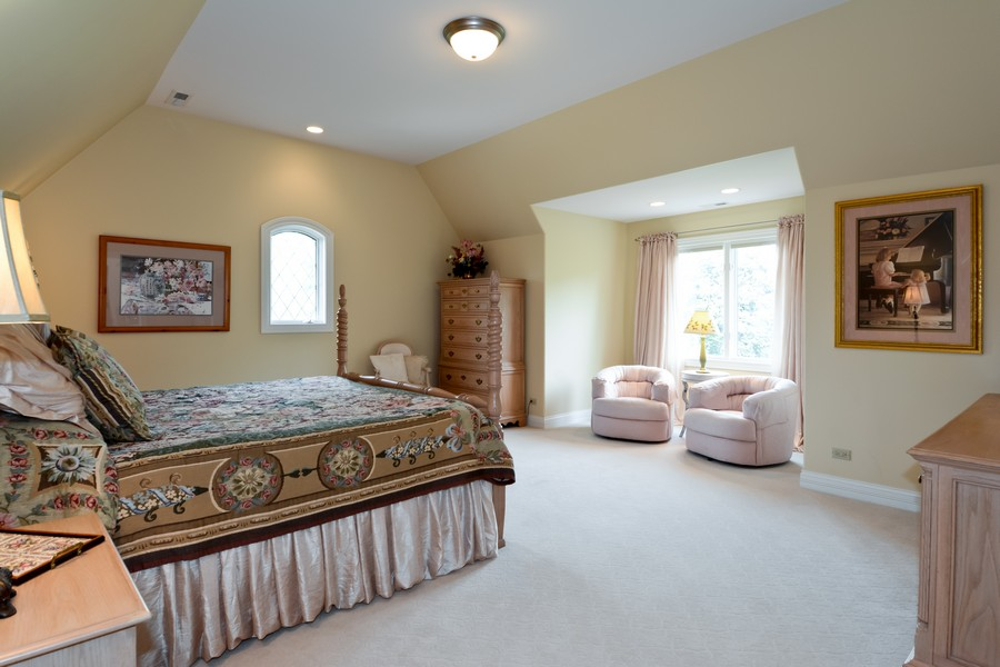 Real Estate Photography - 8S223 Derby Dr, Naperville, IL, 60540 - 3rd bedroom with jack n jill bath