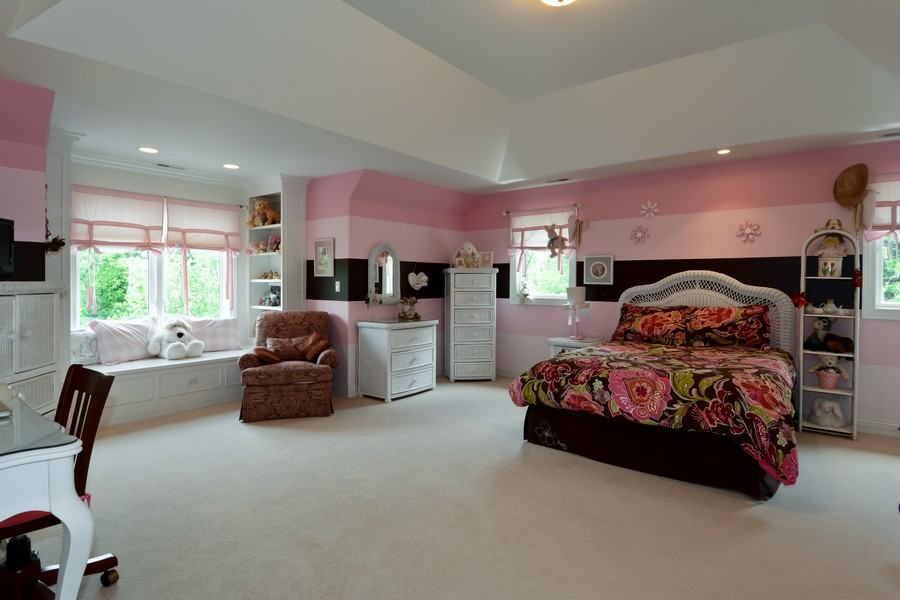 Real Estate Photography - 8S223 Derby Dr, Naperville, IL, 60540 - 3rd Bedroom