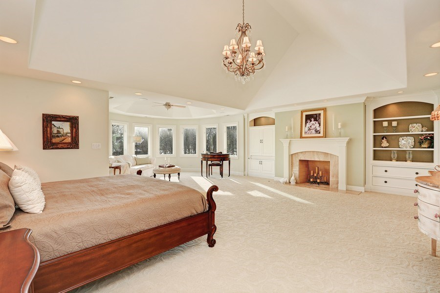 Real Estate Photography - 8S223 Derby Dr, Naperville, IL, 60540 - A master bedroom fit for a Queen (or King)!