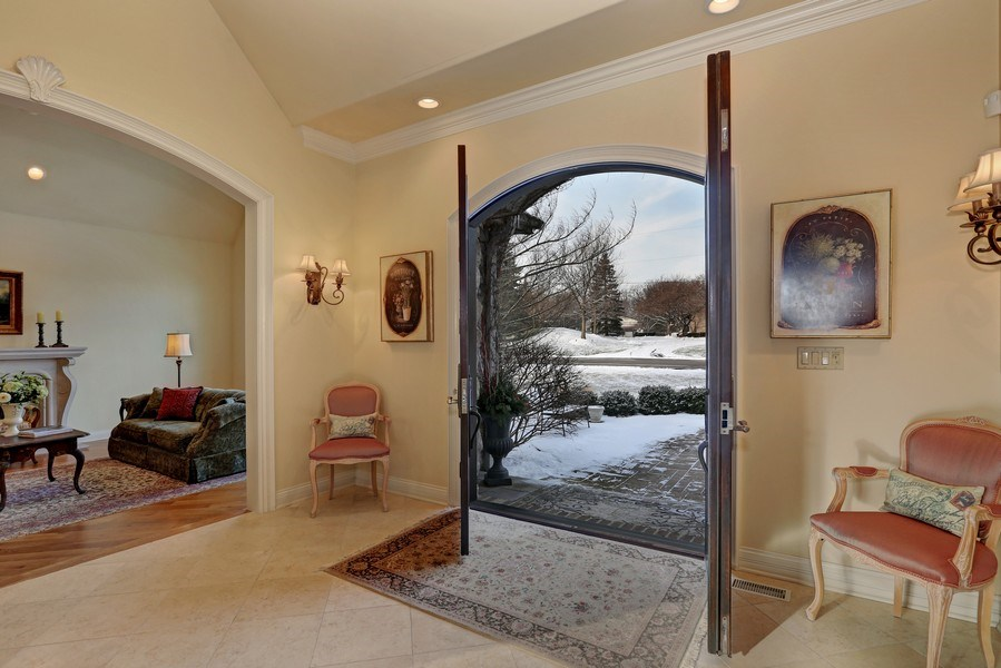 Real Estate Photography - 8S223 Derby Dr, Naperville, IL, 60540 - Foyer