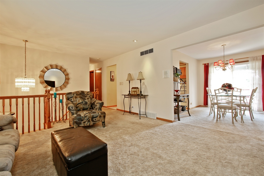 Real Estate Photography - 4519 Cumnor Rd, Downers Grove, IL, 60515 - Living Room / Dining Room