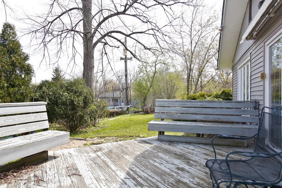 Real Estate Photography - 623 Ranch Rd, Wheaton, IL, 60187 - Patio