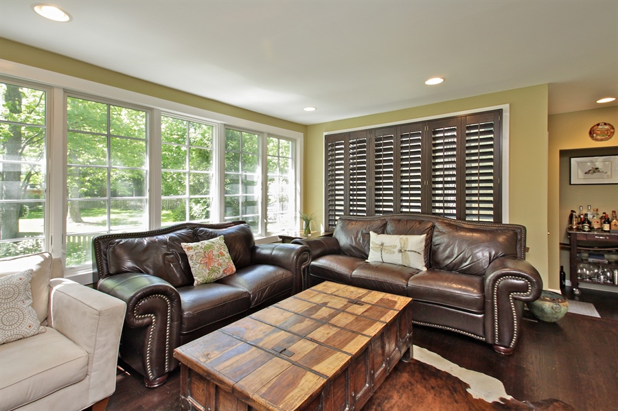 Real Estate Photography - 1302 Forest Ave, Highland Park, IL, 60035 - Family Room