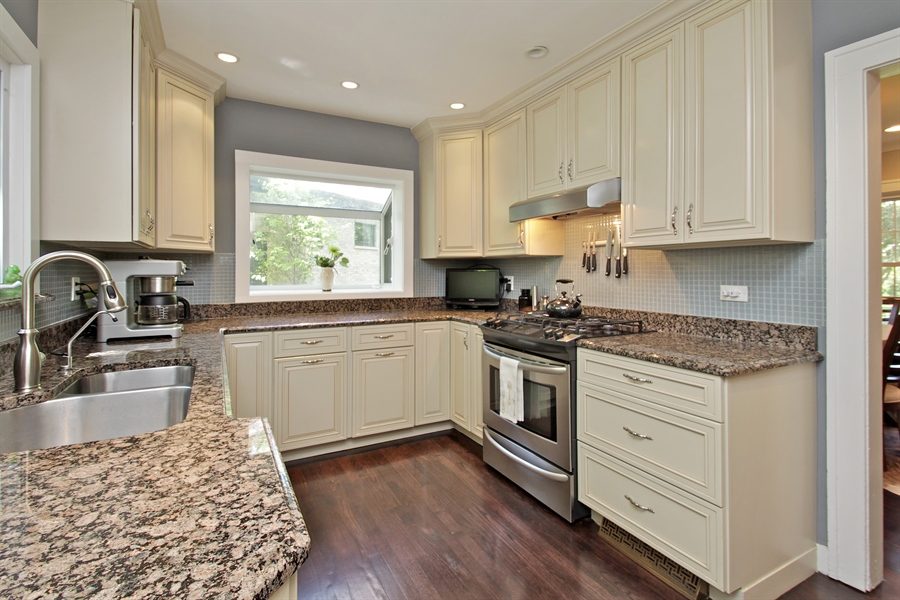 Real Estate Photography - 1302 Forest Ave, Highland Park, IL, 60035 - Kitchen