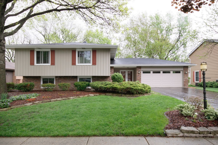 Real Estate Photography - 6123 Washington St, Downers Grove, IL, 60516 - Front View