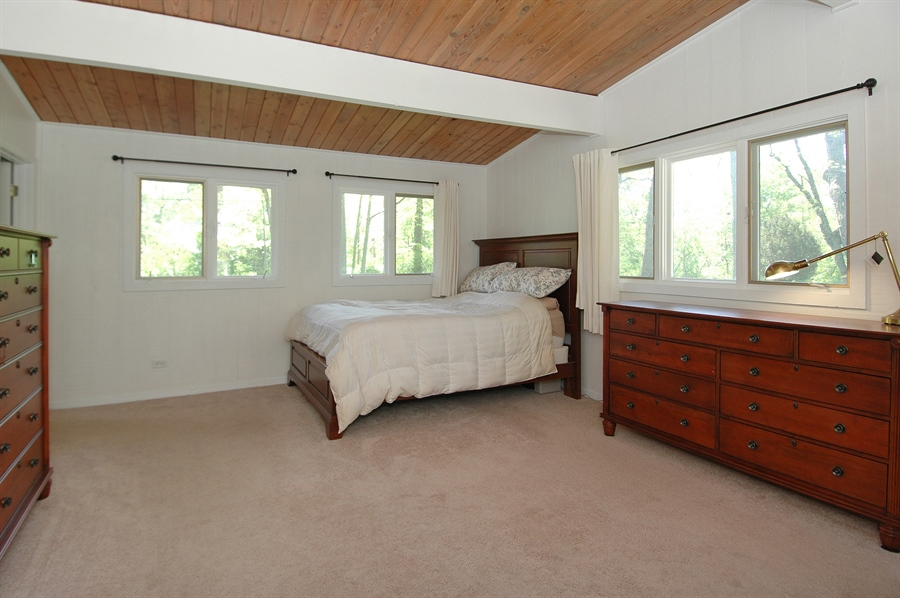 Real Estate Photography - 5200 Grove Rd, Palatine, IL, 60067 - Master Bedroom