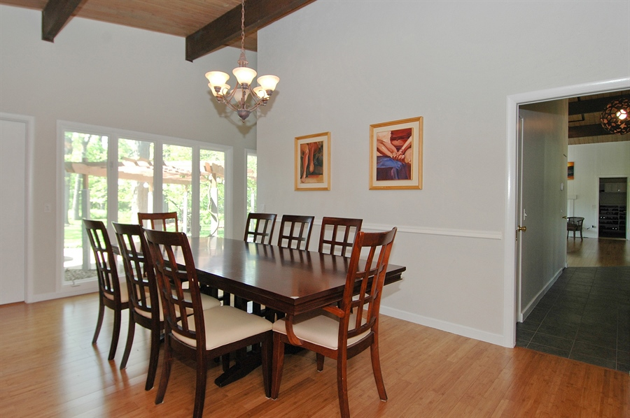Real Estate Photography - 5200 Grove Rd, Palatine, IL, 60067 - Dining Room