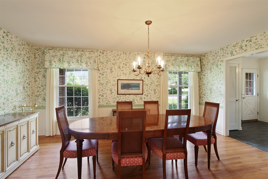 Real Estate Photography - 1447 S Shore, Barrington, IL, 60010 - Dining Room