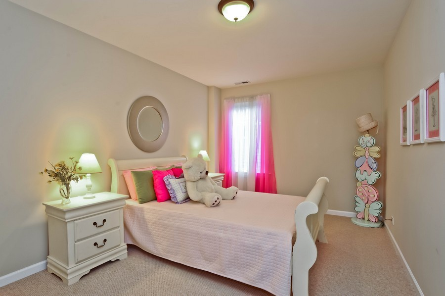 Real Estate Photography - 568 Chicago Ave, Highland Park, IL, 60035 - 3rd Bedroom