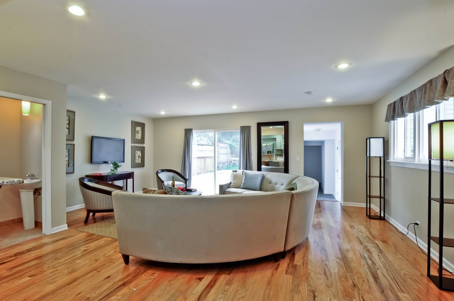 Real Estate Photography - 568 Chicago Ave, Highland Park, IL, 60035 - Family Room