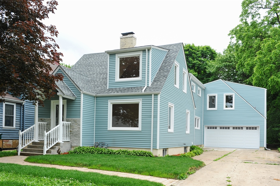 Real Estate Photography - 568 Chicago Ave, Highland Park, IL, 60035 - Front View