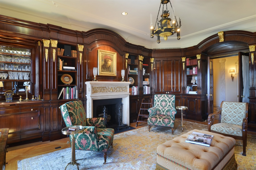 Real Estate Photography - 2450 North Lakeview Ave, 10, Chicago, IL, 60614 - Library