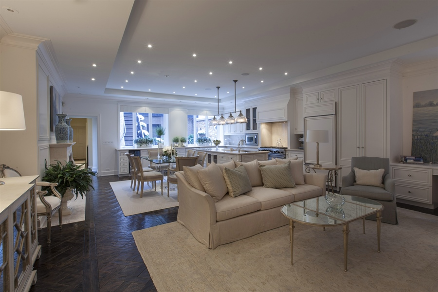 Real Estate Photography - 1336 N State Pkwy, Chicago, IL, 60610 -
