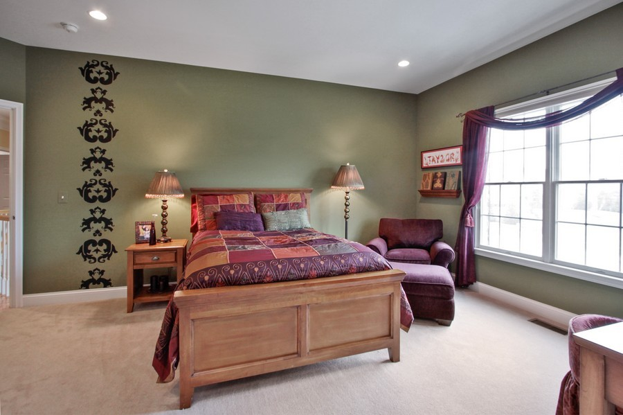 Real Estate Photography - 5331 Notting Hill Rd, Gurnee, IL, 60031 - Bedroom