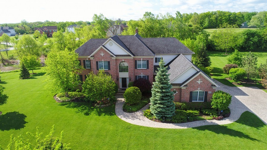 Real Estate Photography - 5331 Notting Hill Rd, Gurnee, IL, 60031 - Aerial View
