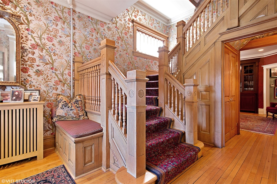 Real Estate Photography - 1904 West Patterson Ave, Chicago, IL, 60613 -