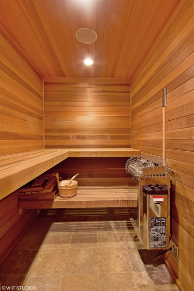 Real Estate Photography - 1904 West Patterson Ave, Chicago, IL, 60613 - Sauna