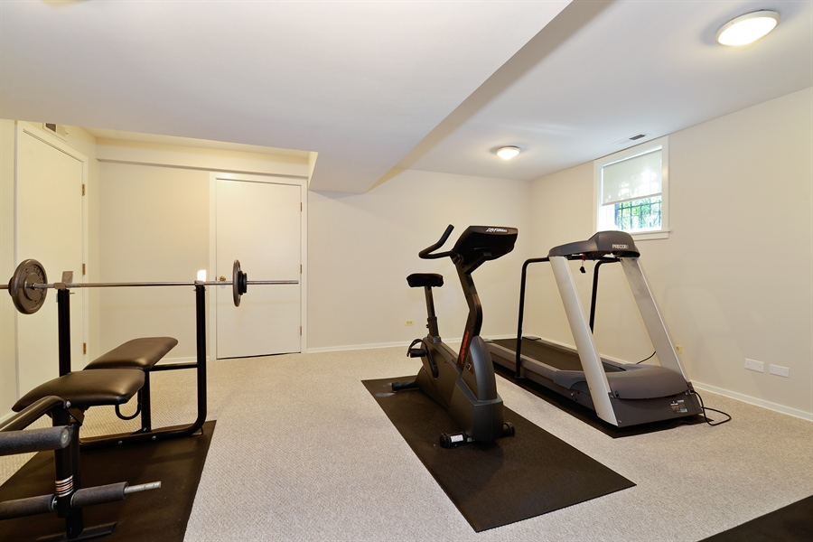 Real Estate Photography - 740 West Hutchinson St, Chicago, IL, 60613 - Exercise Room