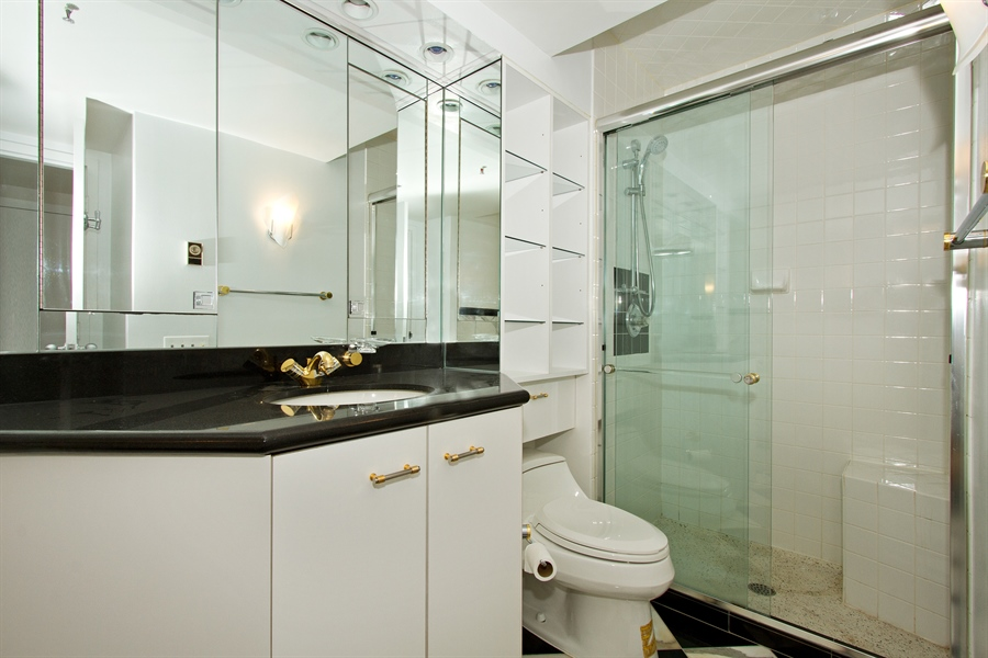 Real Estate Photography - 400 East Ohio St, 3002, Chicago, IL, 60611 - Master Bathroom