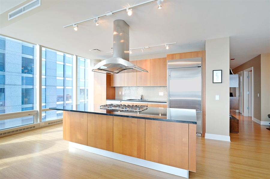 Real Estate Photography - 340 East Randolph St, 4406, Chicago, IL, 60601 - Kitchen