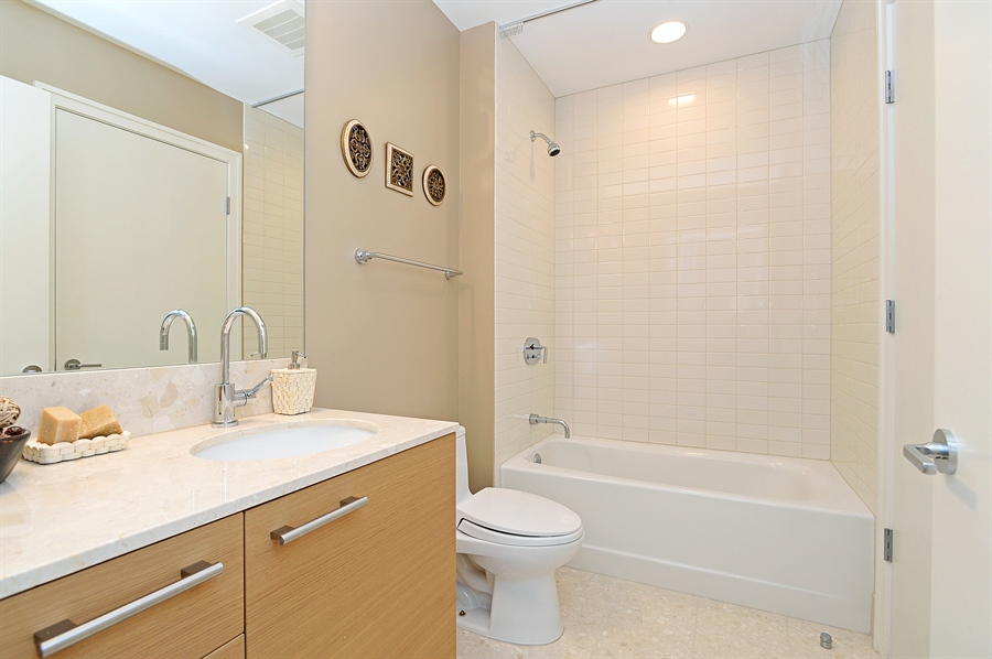 Real Estate Photography - 340 East Randolph St, 4406, Chicago, IL, 60601 - 2nd Bathroom