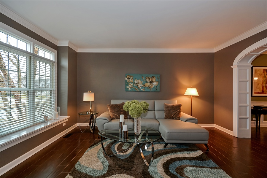 Real Estate Photography - 615 Papermill Hill Dr, Batavia, IL, 60510 - Living Room