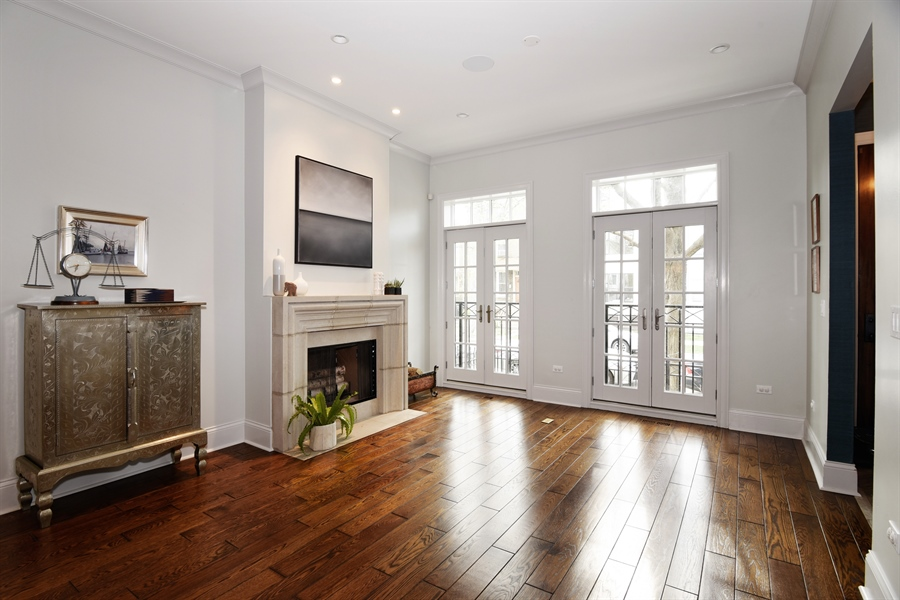 Real Estate Photography - 3453 N Seeley, Chicago, IL, 60618 - Living Room