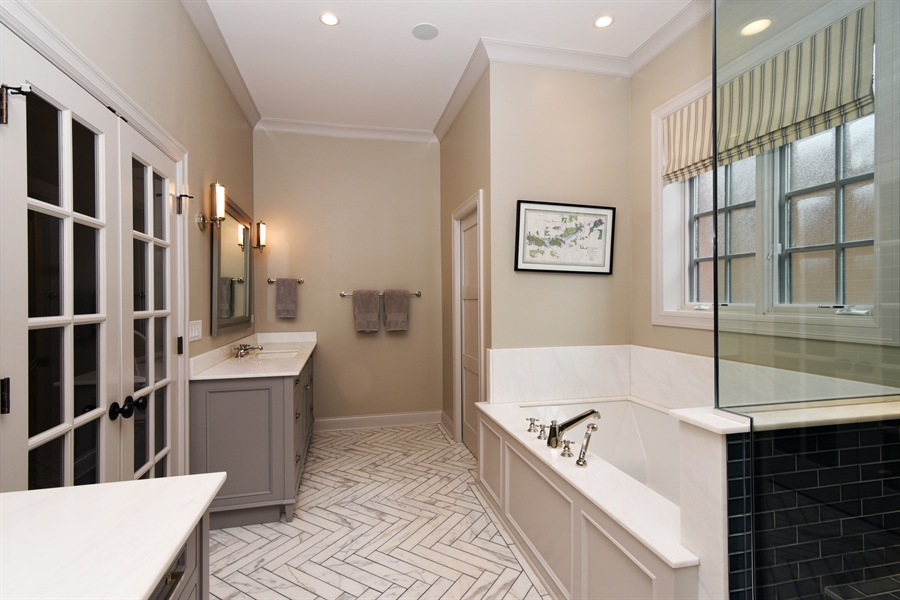 Real Estate Photography - 3453 N Seeley, Chicago, IL, 60618 - Master Bathroom