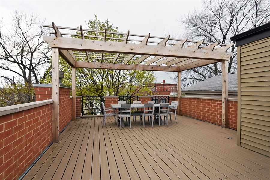 Real Estate Photography - 3453 N Seeley, Chicago, IL, 60618 - Roof Deck