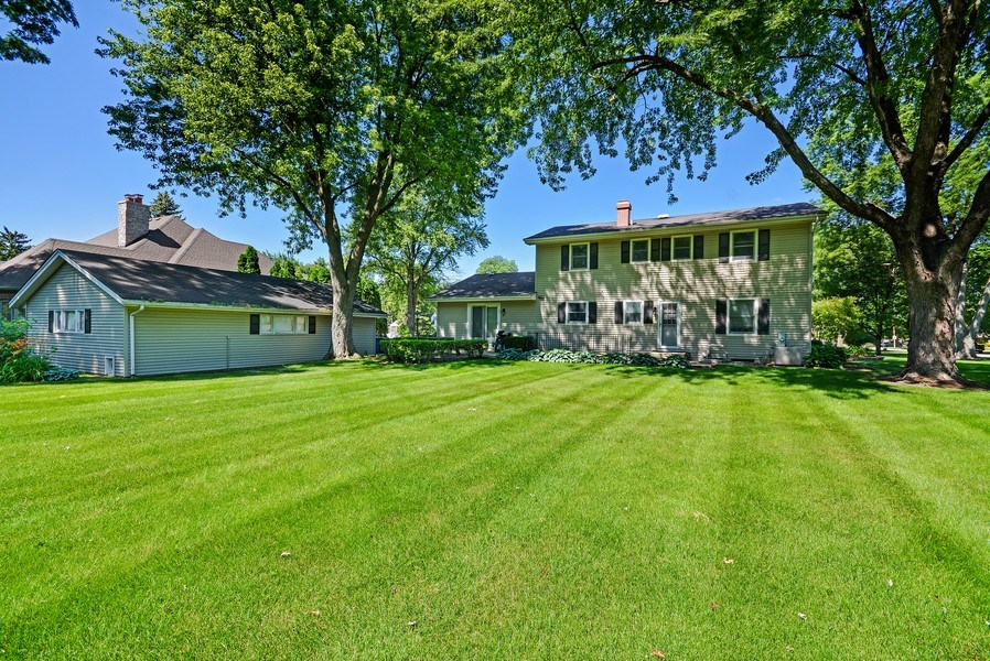 Real Estate Photography - 5S351 Columbia St, Naperville, IL, 60563 - Rear View