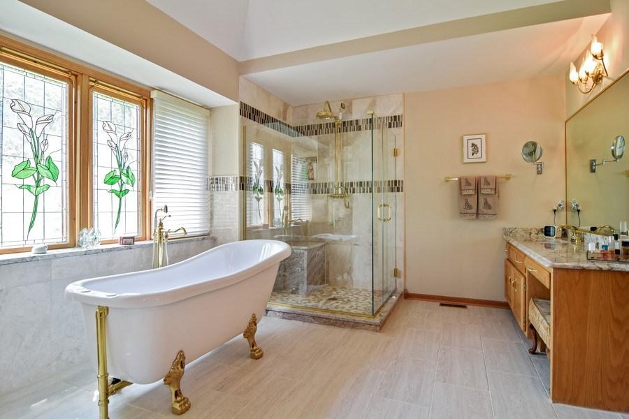 Real Estate Photography - 1581 Far Hills Drive, Bartlett, IL, 60103 - Master Bathroom